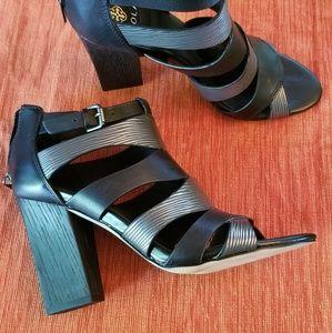 Isola high heels- nwot